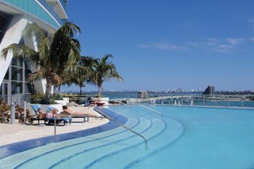 Apartamento en Miami-Dade