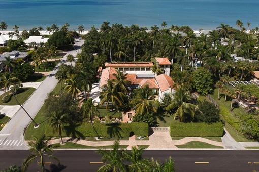 Lujosa villa con casa de invitados diseñada por Addison Minzer