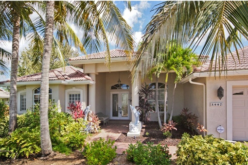 Charming house with terrace and pool in Cape Coral